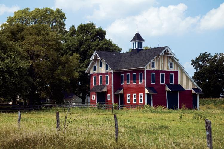 Hammond Barn, photo by Ken Kashian
