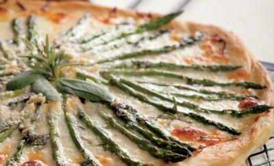 Asparagus Pizza Blanca