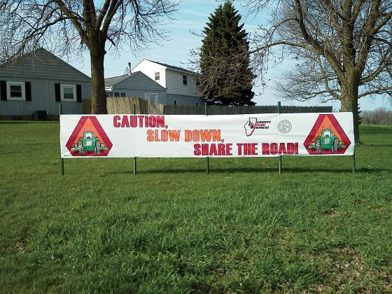Slow Down Banner-Illinois