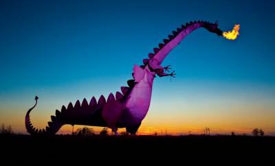 Kaskaskia Dragon, Vandalia Illinois, Illinois, Route 40, True Value hardware, Walt Barenfanger