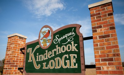 Kinderhook Lodge Bed and Breakfast in Kinderhook, IL