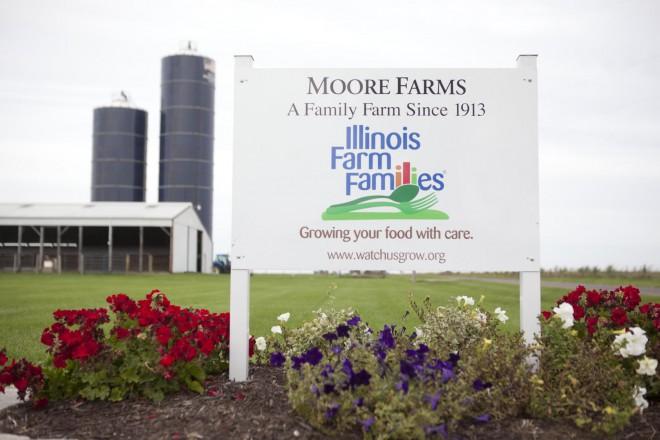 Ron and Deb Moore Illinois Farm Families