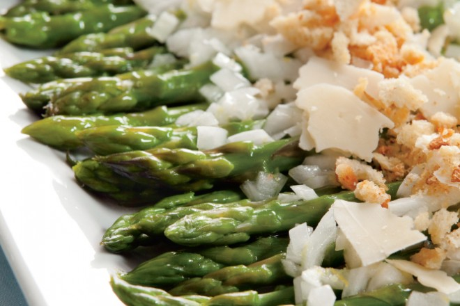 Warm Asparagus Salad with Parmesan and Breadcrumbs