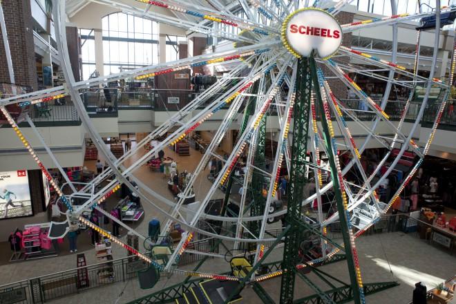 Big Eli Ferris Wheel at Scheels