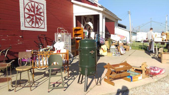 More on 34 Yard Sale, Illinois