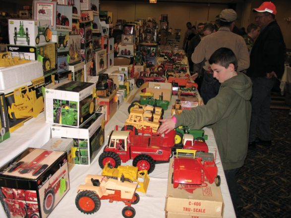 Illini Farm Toy Show