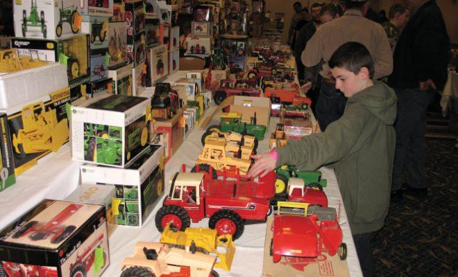 Illini Farm Toy Show