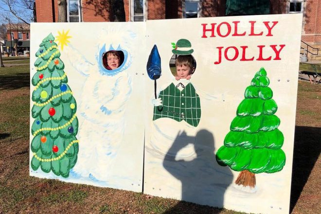 Holly Jolly Jasper Country Christmas