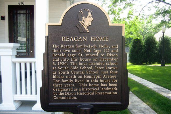 Dixon_Il_Reagan_Boyhood_Home13_commons.wikimedia.org