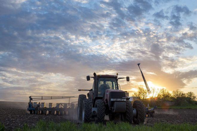 Soybean Planting_Bruegger 5_13 15